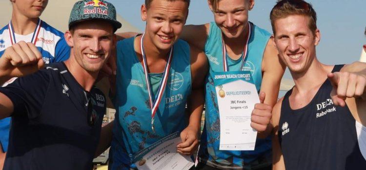 Tristen Koenen uit Helmond Nederlands kampioen beach volleybal jongens onder 15